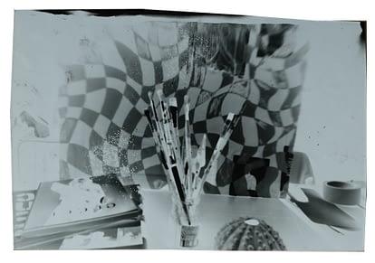 Travail d'élève, tirage photographique, sténopé - Séquence de l'option arts plastiques du lycée Marc Bloch - Val de Reuil - Normandie.